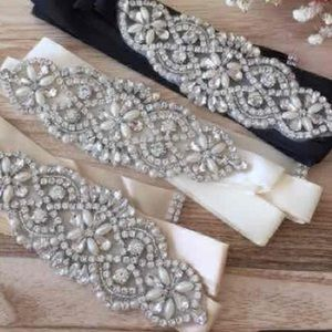NEW!  White rhinestone crystal gem 💎sash belt.